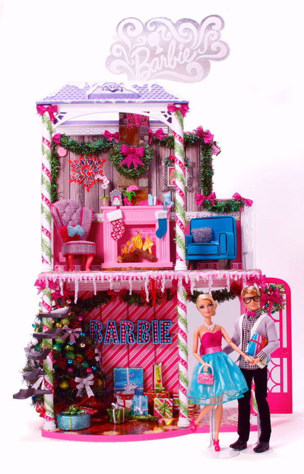 Barbie™ Very Merry Cabin 1