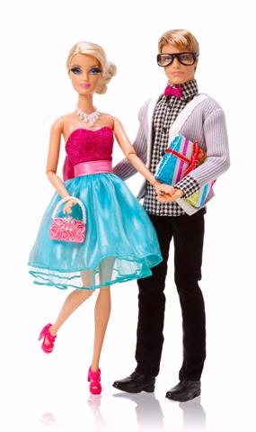 Barbie™ Very Merry Cabin 4