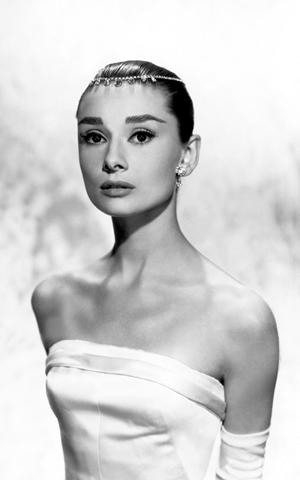 Audrey Hepburn in Funny Face 10
