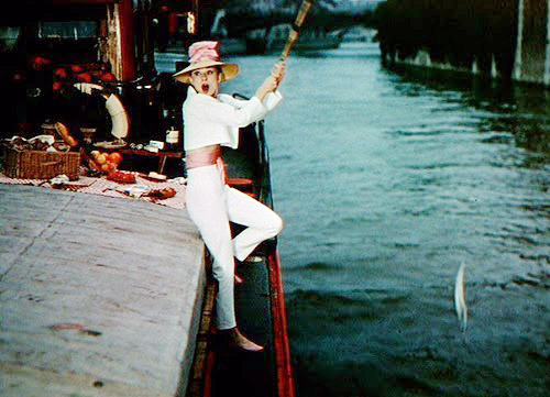 Audrey Hepburn in funny face fishing 2