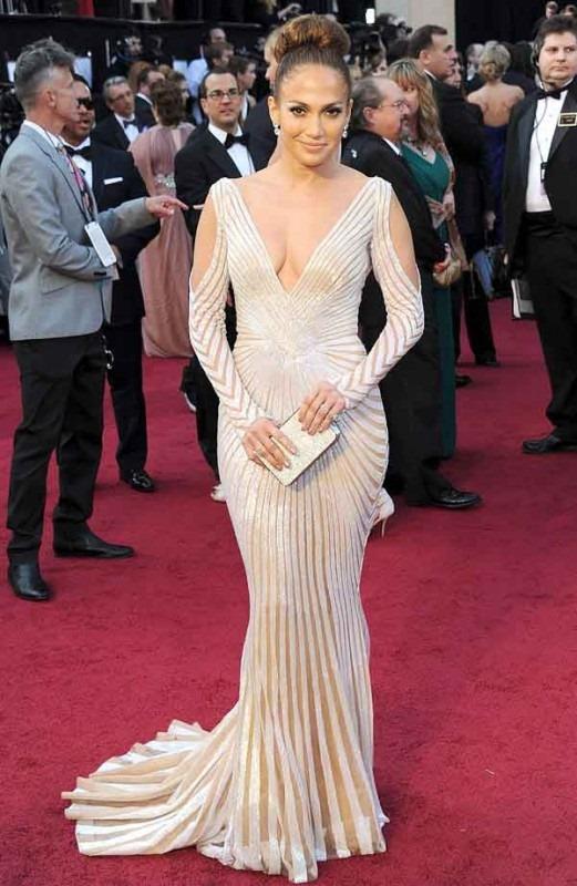 Jennifer-Lopez-in-Zuhair-Murad-521x800