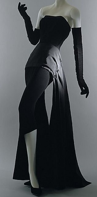 Dior Dinner Dress 1949 source TheMet