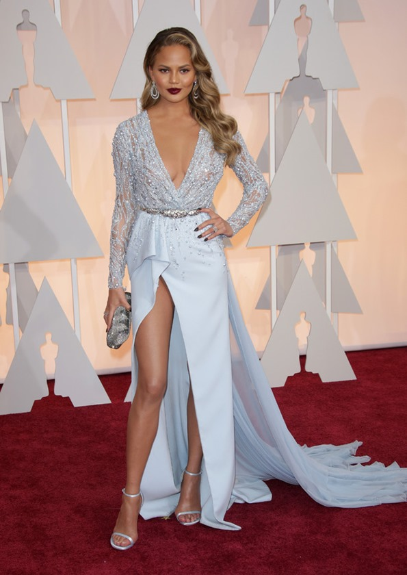 Chrissy Teigen in Zuhair Murad 2