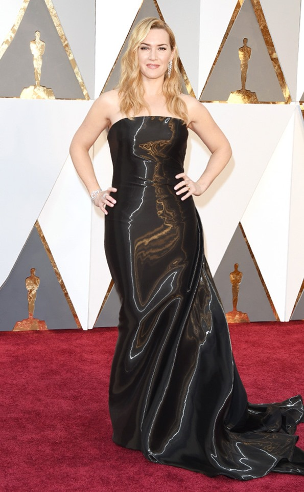 -Academy-Awards-Oscars-kate-winslet in Ralph Lauren