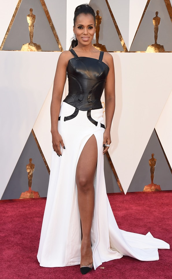 oscars-academy-awards-kerry-washington in Atelier Versace