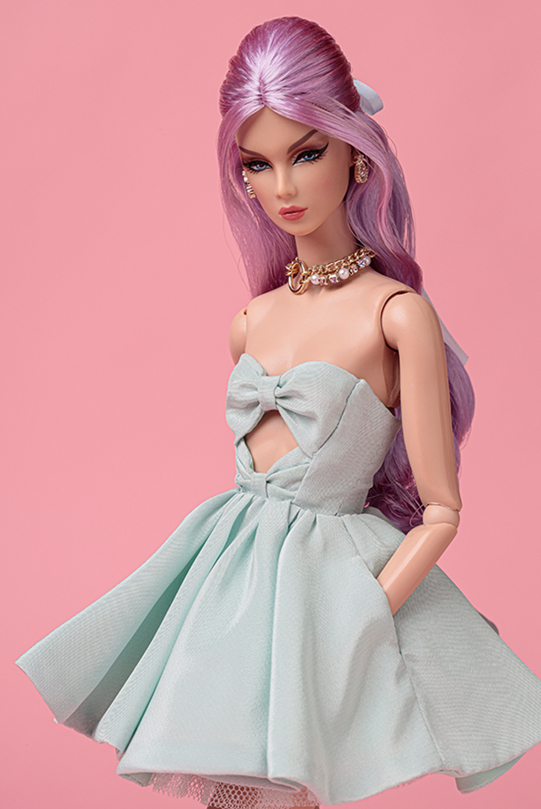 ©2019 Integrity Toys Inc. - Mademoiselle Eden WClub exclusive