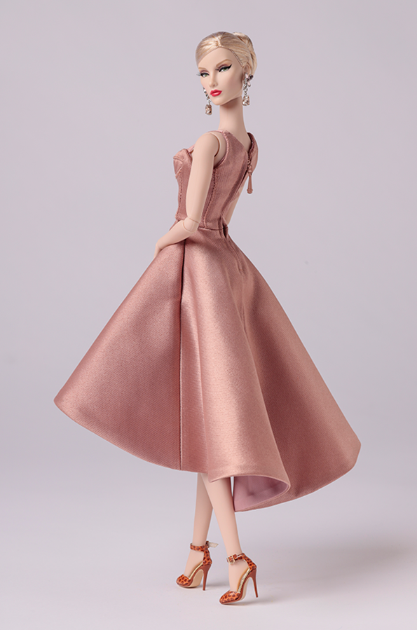 ©2019 Integrity Toys Inc - Pre-Fall 2016 Jason Wu Elyse